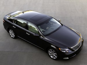 Lexus-LS_600h_L_2009_1600x1200_wallpaper_top