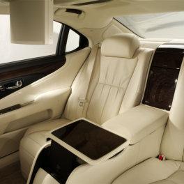 interior_lexus_chauffeur_dublin